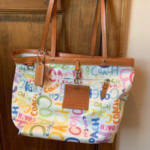 Coach purse in good condition